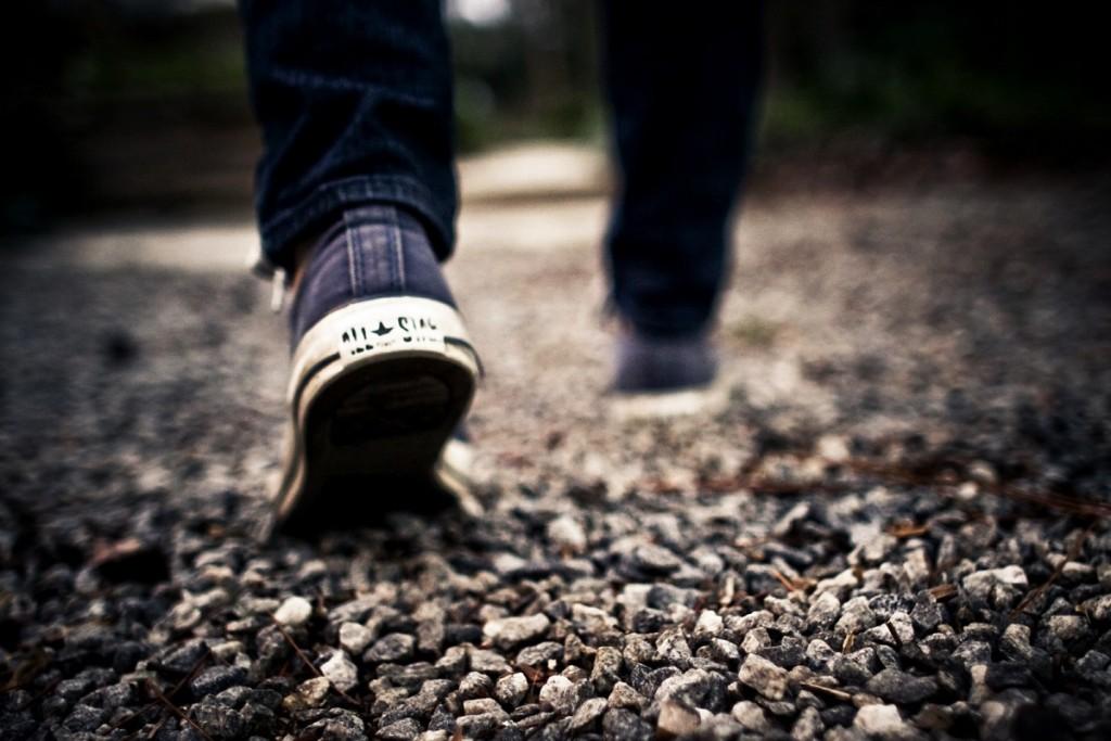 walking-349991_1920.jpg