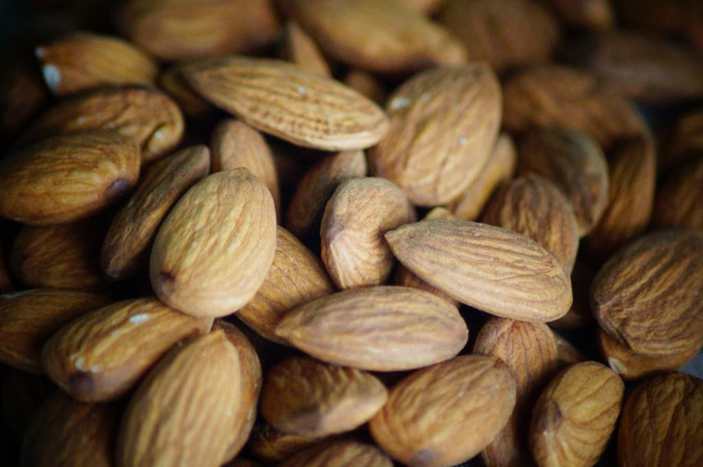 almond-140919